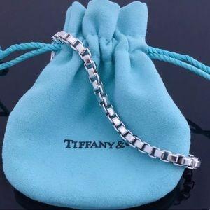 🔴Authentic Tiffany & Co Venation Braclet♥️